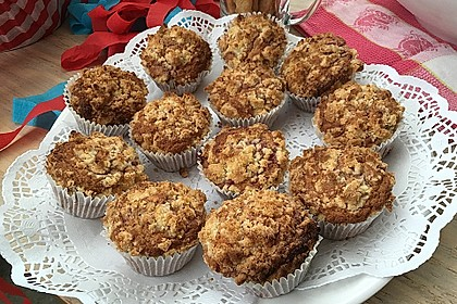 Himbeer - Muffins mit Streuseln 30
