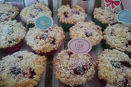 Himbeer - Muffins mit Streuseln 39