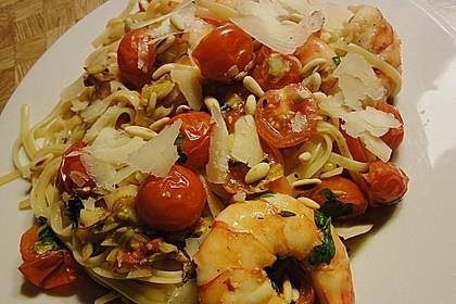 Spaghetti mit Kirschtomaten und Garnelen 6