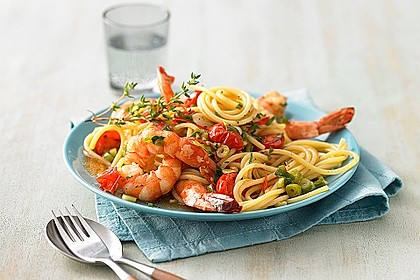 Spaghetti mit Kirschtomaten und Garnelen 1