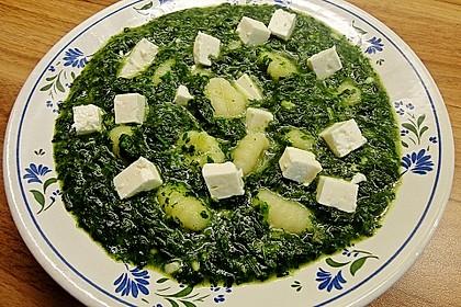 Gnocchi mit Spinat - Sahne - Soße und Schafskäse 1