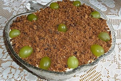 Schichtdessert mit Weintrauben 24