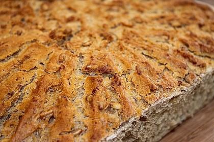 Eikos Dinkel - Buttermilch - Brot 6