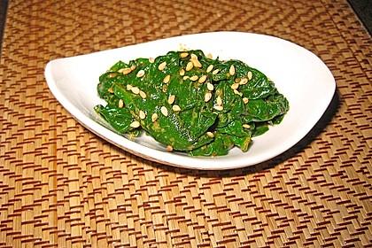 Spinatsalat mit Sesamdressing 5
