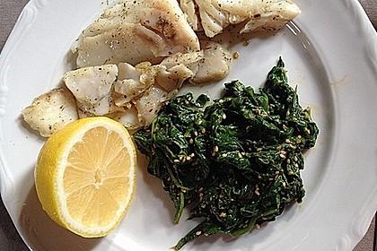 Spinatsalat mit Sesamdressing 11