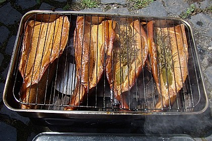 Heißräuchern von Fisch 4