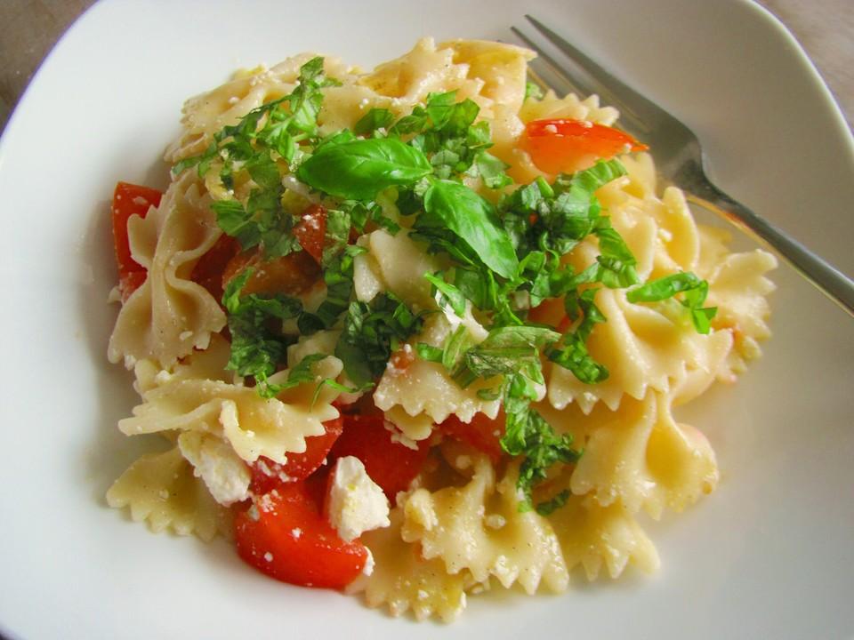 schneller mediterraner nudelsalat mit feta käse rezept