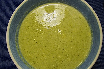 Zucchini - Frischkäse - Suppe 2