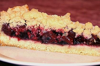 Kirsch-Himbeer-Kuchen mit Kokosstreuseln 11