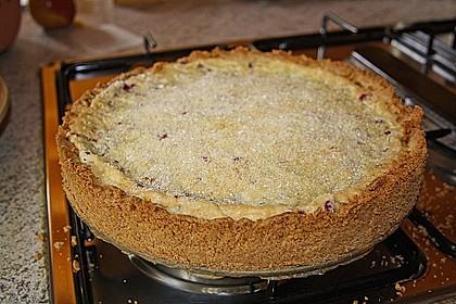 Kirsch-Himbeer-Kuchen mit Kokosstreuseln 50