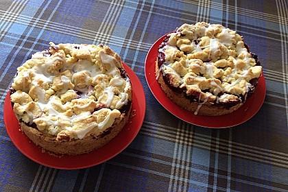 Kirsch-Himbeer-Kuchen mit Kokosstreuseln 30
