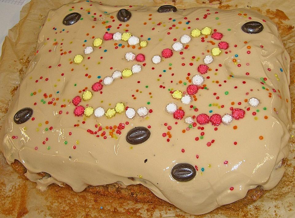 Kuchen Mit Cappuccino