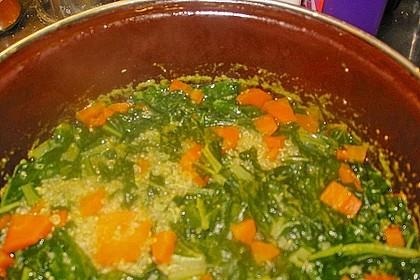 Quinoa - Karotten - Suppe mit Mangold Einlage 1
