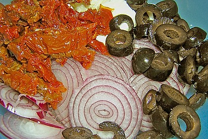 Antipasti - Salat mit Schafskäse und Pesto - Dressing 13