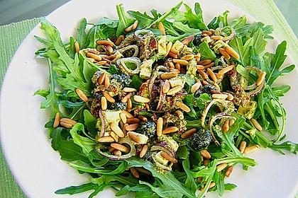 Antipasti - Salat mit Schafskäse und Pesto - Dressing 4