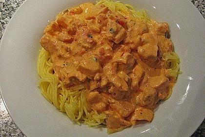 Sahnige Pasta mit Lachs und Krebsfleisch 6