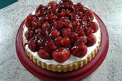 Kalte Erdbeer - Frischkäse - Geburtstagstorte