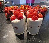 Mascarpone - Dessert mit Erdbeeren