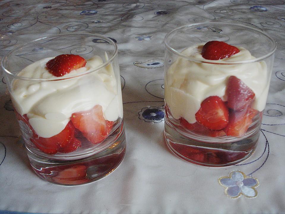 mascarpone dessert mit erdbeeren rezept mit bild. Black Bedroom Furniture Sets. Home Design Ideas