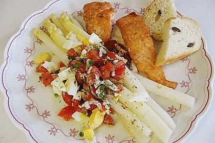 Spargel mit Tomaten - Vinaigrette und Ei 9