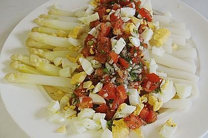 Spargel mit Tomaten - Vinaigrette und Ei 8