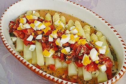Spargel mit Tomaten - Vinaigrette und Ei 2