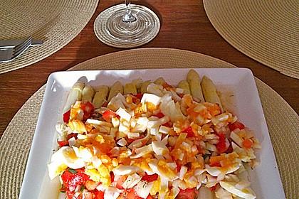 Spargel mit Tomaten - Vinaigrette und Ei 6