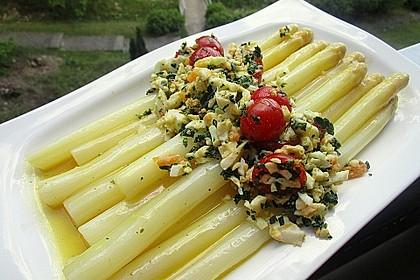 Spargel mit Tomaten - Vinaigrette und Ei