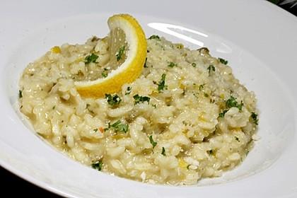 Zitronenrisotto, mit einem Hauch von Italien