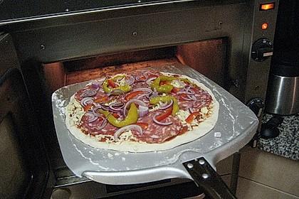 Pizzateig mit Dinkelmehl 3