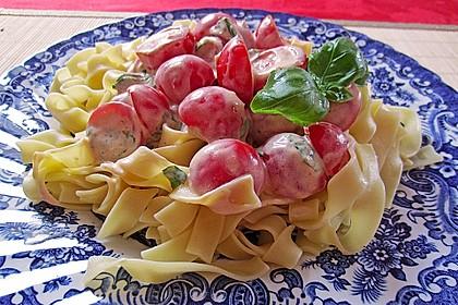 Nudeln mit marinierten Cherrytomaten und Frischkäse 11