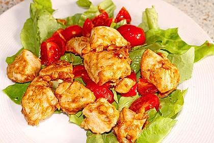 Erdnussbutter - Hähnchen mit buntem Salat 2