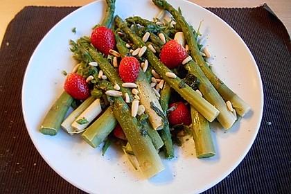 Spargel - Rucola - Salat mit Erdbeerdressing 1