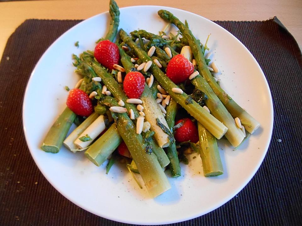 spargel rucola salat mit erdbeerdressing rezept mit bild. Black Bedroom Furniture Sets. Home Design Ideas