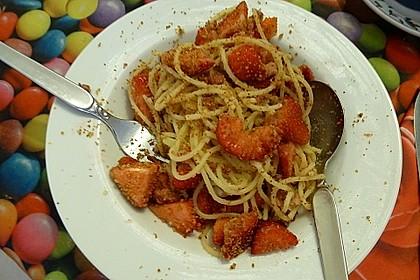 Nudeln mit Erdbeeren und Speck 1