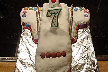 Geburtstagskuchen als 'Spaceshuttle' oder 'Raketenkuchen' 4