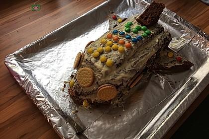 Geburtstagskuchen als 'Spaceshuttle' oder 'Raketenkuchen'
