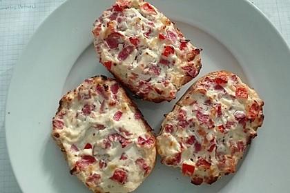Paprika - Schmand - Brötchen überbacken, schnell und lecker 1
