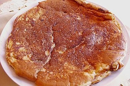 Fluffige Pfannkuchen mit Obst 3