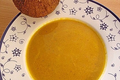Möhrensuppe mit Kokos, Ingwer und Curry 8