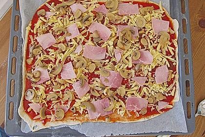 Pizzateig, mit wenig Hefe 11