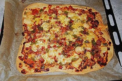 Pizzateig, mit wenig Hefe 38