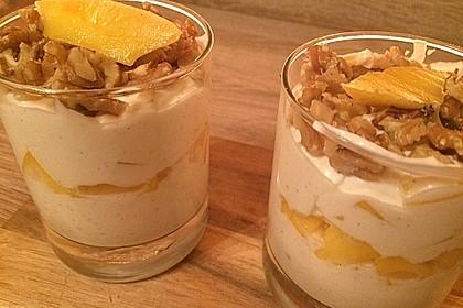 Mango - Quark - Dessert mit Walnüssen 11