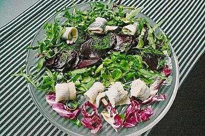 Rote Bete - Salat mit Rollmops 4