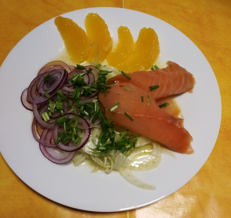 fenchel orangen salat mit ger uchertem lachs von babse. Black Bedroom Furniture Sets. Home Design Ideas