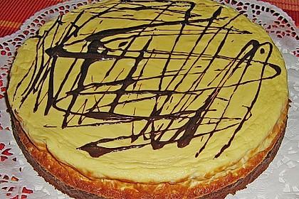 Käsekuchen  mit  Brownie Boden 14