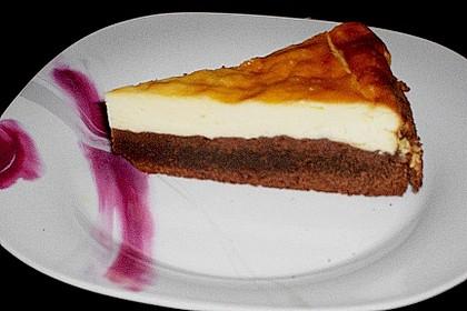 Käsekuchen  mit  Brownie Boden 37
