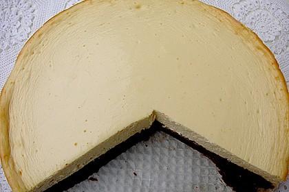 Käsekuchen  mit  Brownie Boden 21