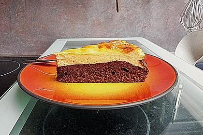 Käsekuchen  mit  Brownie Boden 42