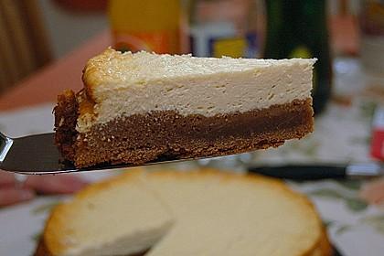 Käsekuchen  mit  Brownie Boden 8